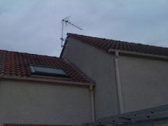 Pose d'antenne sur façade